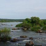Der Río Iguazú oberhalb der Wasserfälle. – Iguazú